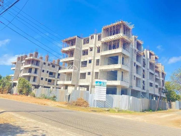 High End 1 Bedroom Apartment with Swimming Pool and Gym, 3rd Avenue Nyali, Nyali, Mombasa, Apartment for Sale