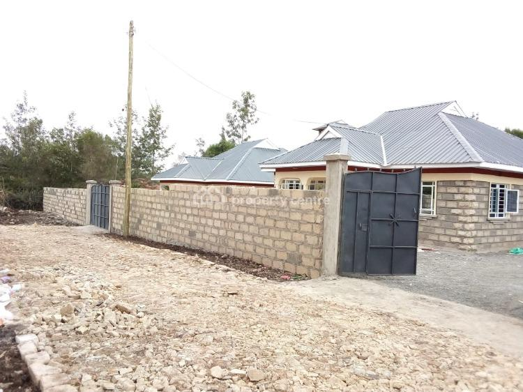 Beautiful 3 Bedroom Bungalow with Perimeter Wall and Dsq in Rongai, Nkoroi,ongata Rongai, Ongata Rongai, Kajiado, House for Sale