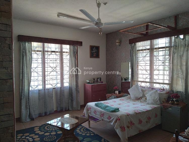 7 Bedroom Bungalow in Tudor, Mombasa, Kaa Chonjo, Tudor, Mombasa, Terraced Bungalow for Sale