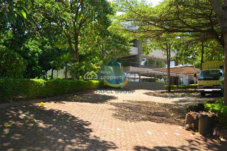 7 Bedroom Standalone House, East Manyani, Lavington, Nairobi, House for Sale