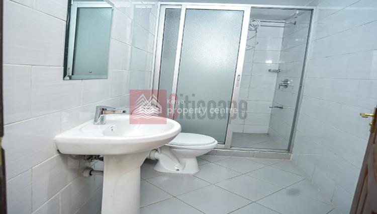 Spacious 2 Bed Apartment, Waiyaki Way, Westlands, Nairobi, Flat for Sale