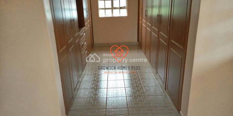 4 Bedroom All En-suite Maisonette on 1/2 of an Acre, Kabete, Karuna/meibeki, Uasin Gishu, House for Rent