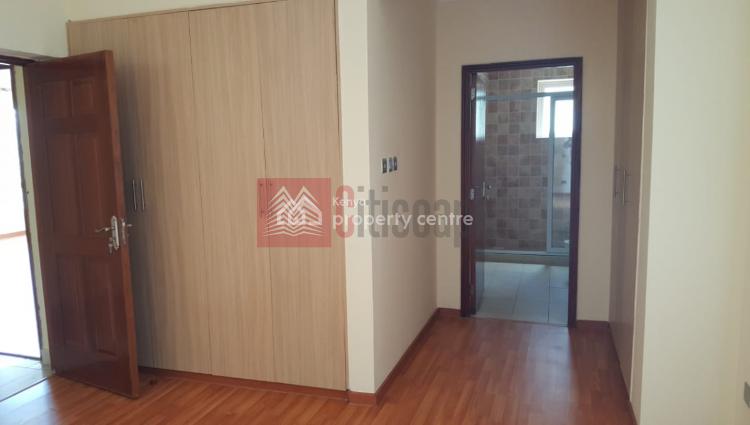 Super Spacious 3 Bed Apartment + Dsq, Kileleshwa, Nairobi, Flat for Sale