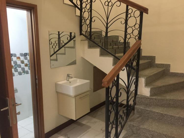 3 Bedroom All En-suite Plus Dsq Apartment (232 Sq.m/2,500 Sq.ft), Gem Lane, Kileleshwa, Nairobi, Flat for Sale