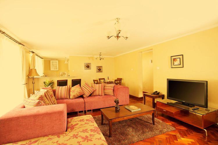 Morani Serviced Apartment- 3 Bedrooms Apartment, Argwings Kodhek Rd, Nairobi, Kenya, Nairobi, Kilimani, Lavington, Nairobi, Flat Short Let