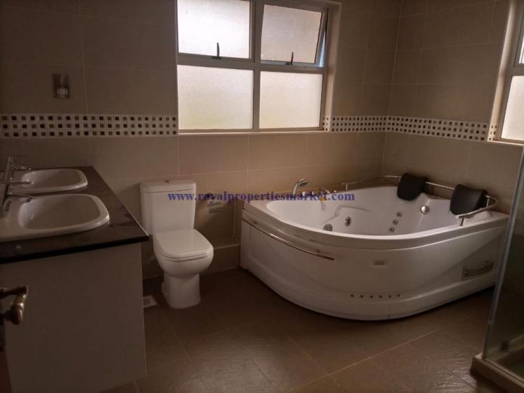 5 Bedroom House, Lavington, Nairobi, Detached Duplex for Rent