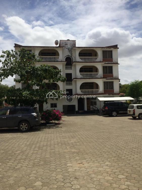 2br Beachfront Furnished Apartment in Bamburi Beach Villa Ar37, Bamburi, Mombasa, Flat for Rent