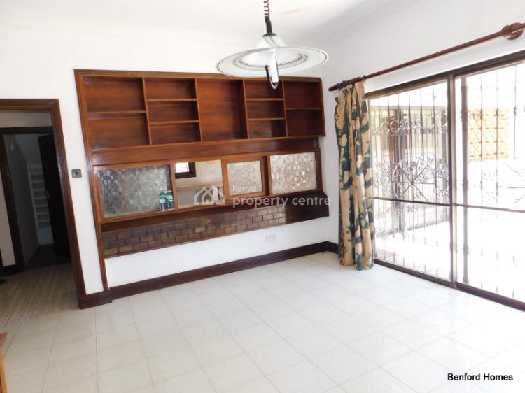 5 Bedroom Modern Mansion in Secure Area of Old Nyali, Kenyatta Road, Nyali, Mombasa, Townhouse for Sale