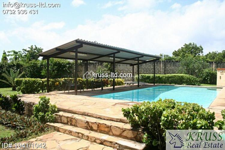 4br House with Spacious Garden in Nyali. Hs6 -1042, Nyali, Mombasa, House for Sale