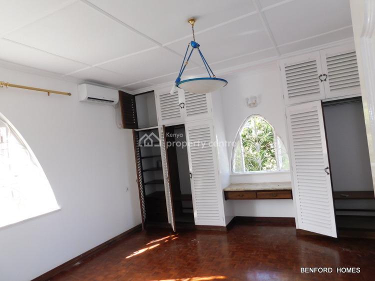 6 Bedroom Beach Side British Type Villa, Nyali, Nyali, Mombasa, Townhouse for Rent