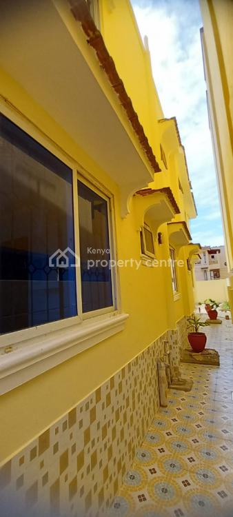 3br House in Nyali -- Behind Krish Plaza. Hr20, Nyali, Mombasa, House for Rent