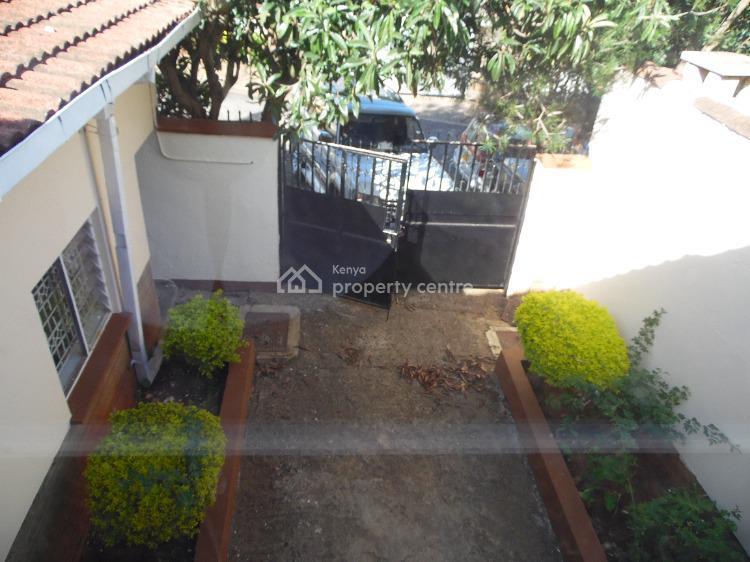 Prices Gone Down! Spacious and Attic Maisonette., Oloitoktok Road, Kileleshwa, Nairobi, Semi-detached Bungalow for Sale