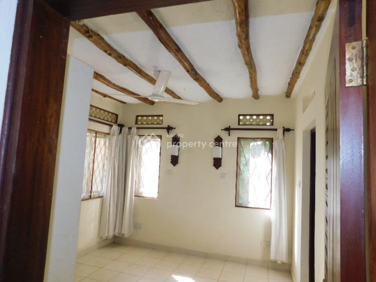 4 Bedroom British Type Creek Side Villa, Mtwapa, Mtwapa, Kilifi, House for Rent