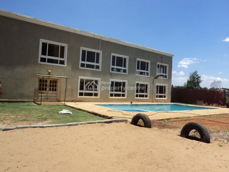 Live Like a King ! Furnished 6 Bedroom Townhouse with Sq, Kings Square, Racecourse, Uasin Gishu, Townhouse for Rent