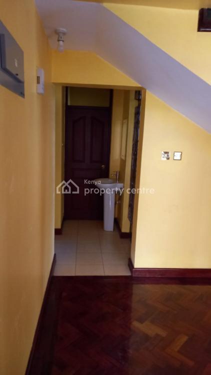 5 Bedroom All Ensuite, Beautiful Townhouse!, Kabaserian Road, Lavington, Nairobi, House for Rent