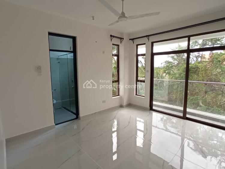 Manara Park 3 & 4 Bedroom Walk to The Beach, Nyali Beach, Nyali, Mombasa, Apartment for Rent