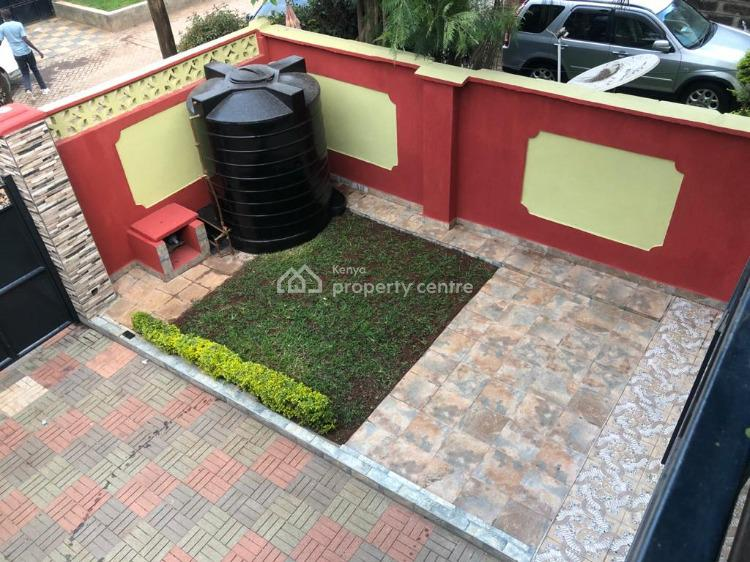 Prestine 3 Bedroom House with Sq, in a Peaceful Environment., Nairobi South, Nairobi, Townhouse for Sale
