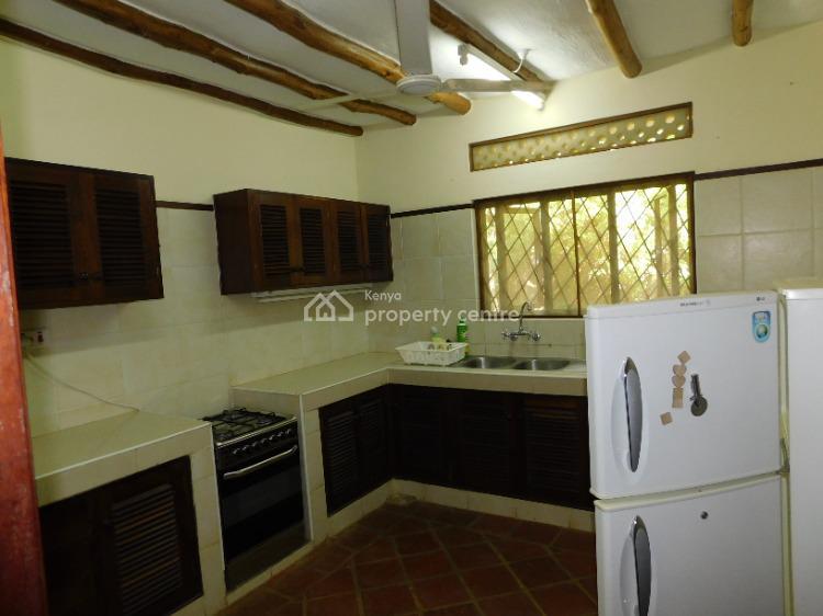 4 Bedroom Creek Side Villa with a Pool, Mtwapa, Kilifi, House for Rent