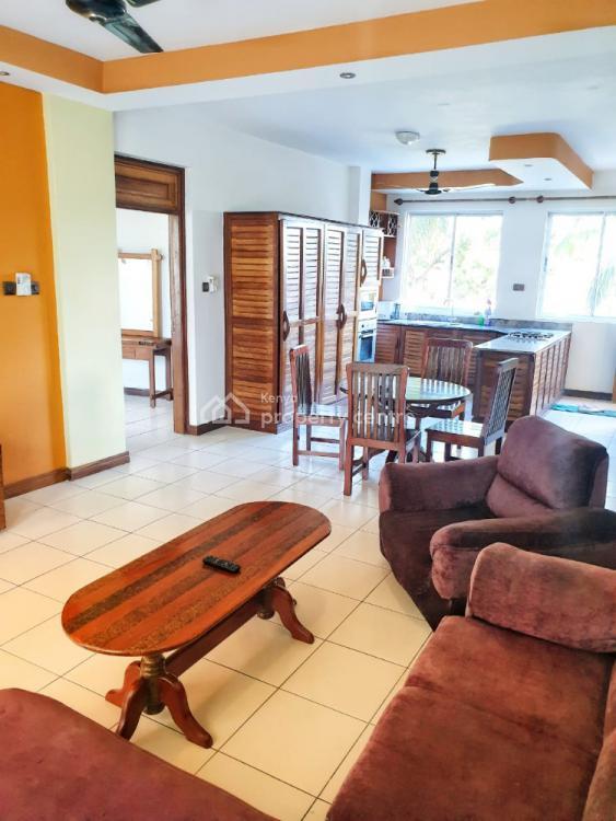 Ocean Front 2 Bedroom Apartment, Bamburi Beach Pirates Beach⛱, Bamburi, Mombasa, Apartment Short Let