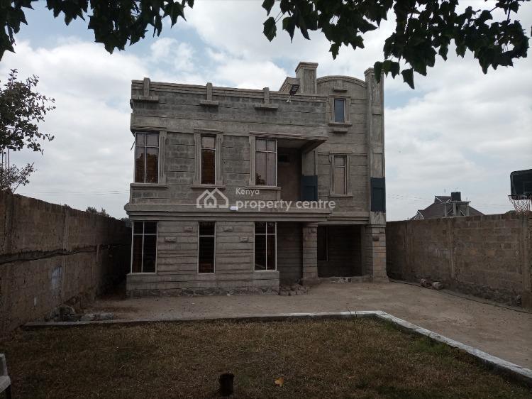 5 Bedroom All Ensuite in a Beautiful Gated Community., Kenyatta Road, Juja, Kiambu, Terraced Duplex for Sale
