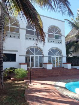 3 Bedrooms Executive Beach Villa at Kilifi Bofa,, Bofa, Malindi Town, Kilifi, Townhouse for Sale