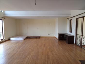 Sensational Voluminous 4 Bed Penthouse, Riara Road Near The Junction, Kariara, Muranga, House for Rent