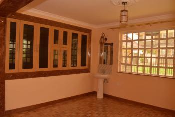 Five Bedroom Townhouse Yukos, Kitengela, Kajiado, Townhouse for Sale