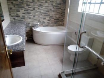 a 4 Bedrooms Apartment, Parklands, Nairobi, Flat for Rent