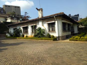 a 4 Bedrooms House with Dsq, Sports Road, Westlands, Nairobi, Detached Bungalow for Sale