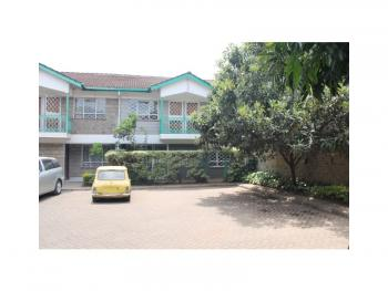Well-maintained 4-bedroom Maisonette, Near Prestige Shopping Centre on Ngong Road., Kilimani, Nairobi, Detached Duplex for Sale