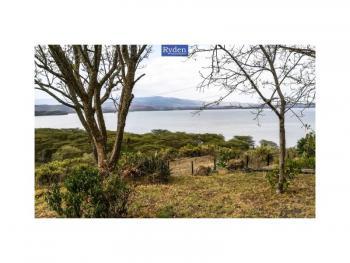 Captivating 21 Acre Plot in Naivasha with 270m Frontage, on Lake, Biashara (naivasha), Nakuru, Land for Sale