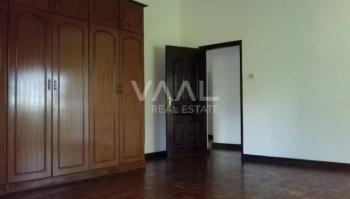 Unfurnished 4bed Standalone House, Riverside Drive, Westlands, Nairobi, House for Rent
