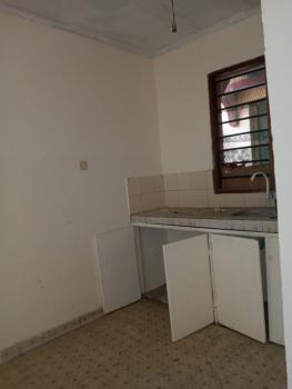 Available Spacious Bedsitters, Bakarani/mwadoni, Majengo, Mombasa, Apartment for Rent