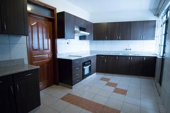 Iconic 3 Bedroom Apartment in Kilimani,ring Road., Ring Road, Kilimani, Nairobi, Apartment for Sale