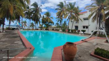 High End 1 Bedroom Beach Side Fully Furnished Apartment with Swimming, 1st Avenue Nyali, Nyali, Mombasa, Apartment for Rent